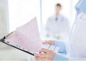 C'est un nouveau médicament anticoagulant décrit comme « moins susceptible de provoquer des saignements »