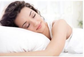 Le sommeil, un facteur majeur de mode de vie, au même titre que l'alimentation ou l'exercice, pour la santé