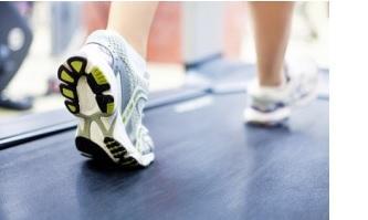 Le HIIT (High-intensity interval exercise) est de plus en plus documenté comme une forme d'exercice bénéfique et adaptée à nos modes de vie modernes.