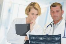 2 nouvelles mesures du risque basées sur la mammographie et rendues possibles avec l'aide de l'intelligence artificielle (IA) s'avèrent plus efficaces à stratifier et à prédire le risque de cancer (Visuel Fotolia 162451459)