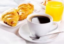 Prendre un petit-déjeuner régulièrement réduit la mortalité liée aux maladies cardiovasculaires et aux accidents vasculaires cérébraux